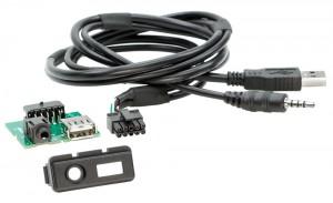 Адаптер для штатных USB/AUX-разъемов Mazda ACV 44-1173-001